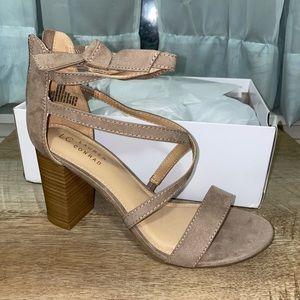 LC Lauren Conrad  wedge sandals